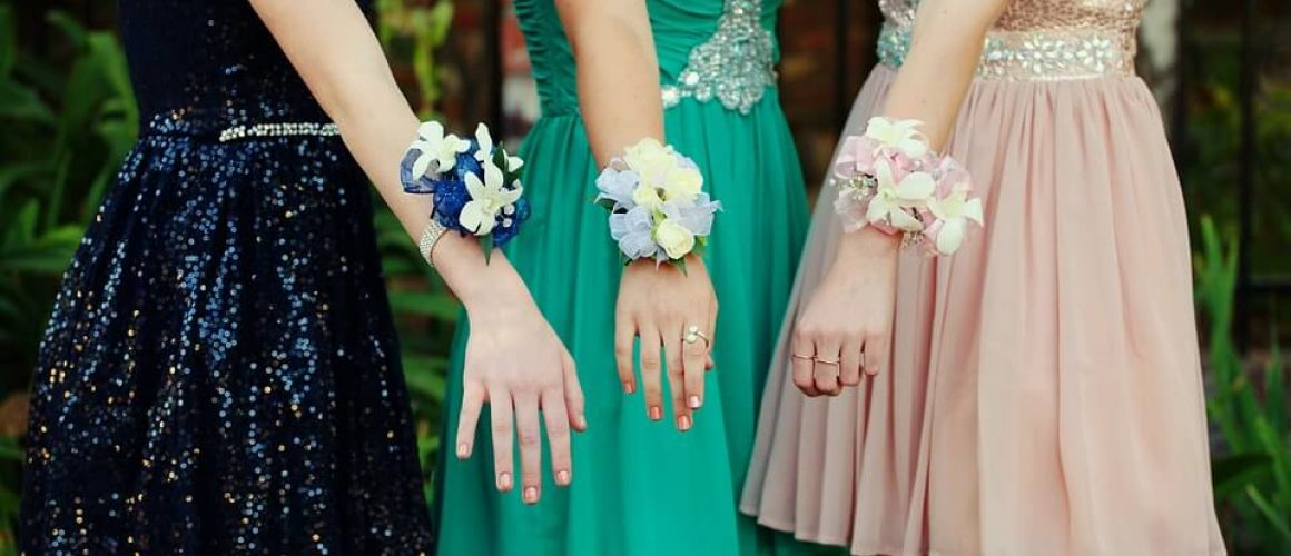 Best Ways To Choose Your Prom Dress That Looks Incredible